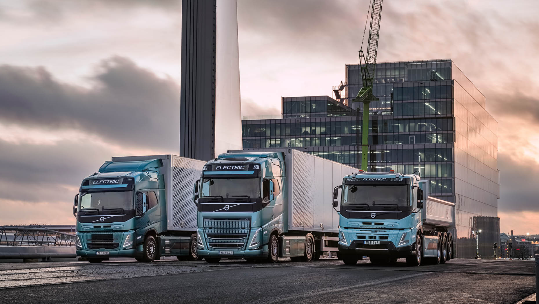 image-1860x1050-volvo-trucks-electromobility-goods-transport