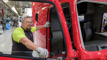 Volvo Trucks New River Valley Plant