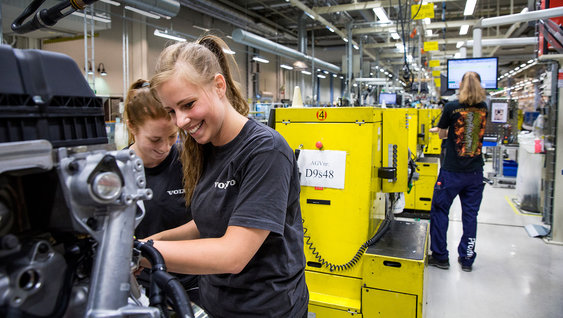 Opportunities For Students And Graduates Volvo Group