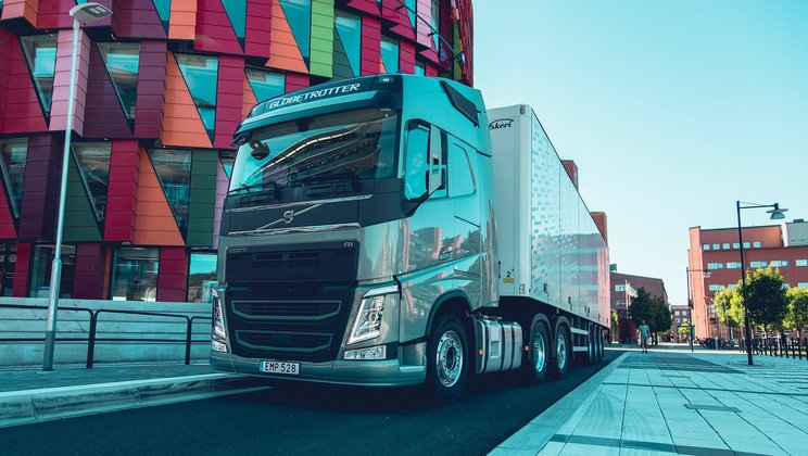 Tomorrow's intelligent truck is more similar to a smartphone on wheels than a traditional vehicle.