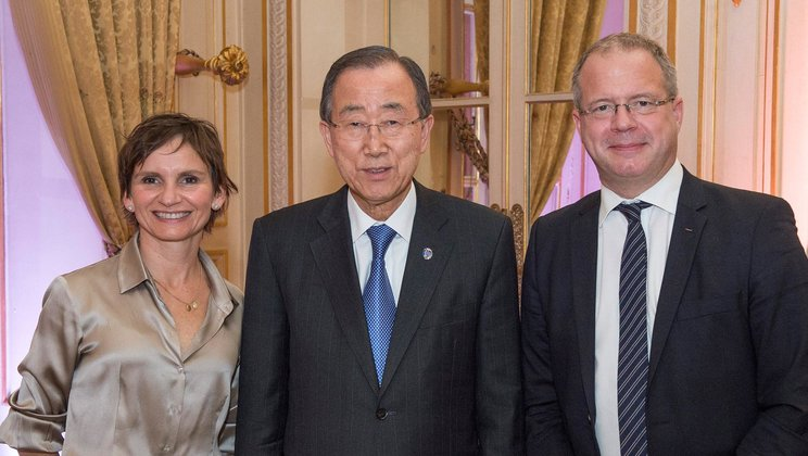 Volvo Group CEO Martin Lundstedt and UN Secretary General Ban Ki-Moon togethter with Advisory Group Co-chair, Santiago City Mayor Carolina Tohá.