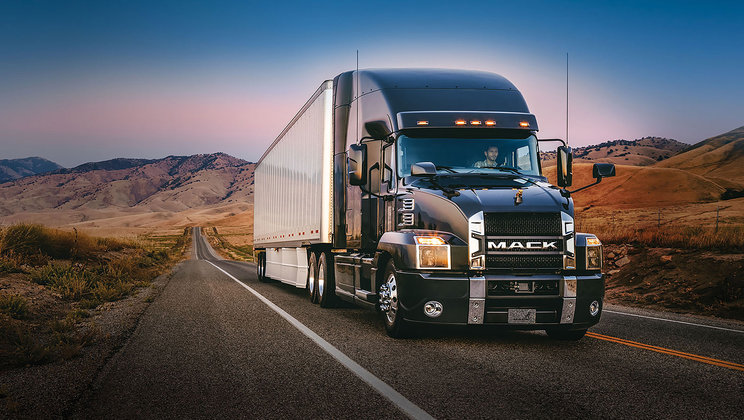 New Mack Anthem™ Takes Center Stage at the 2017 North American Commercial Vehicle Show