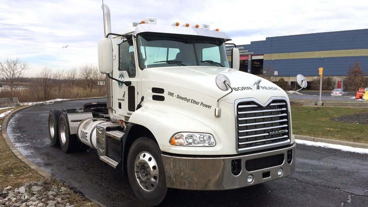 Mack Partners with New York City Department of Sanitation, Oberon Fuels for DME Truck Demo