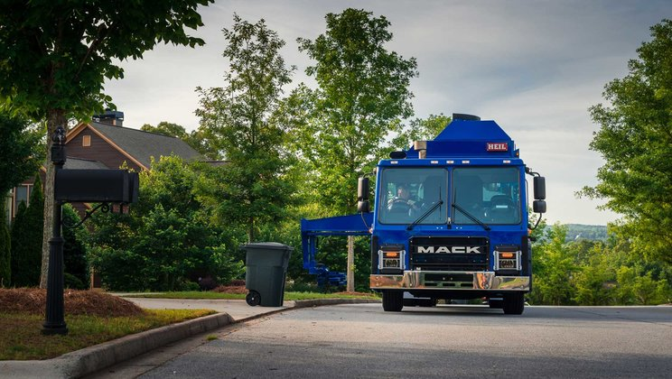 Mack Trucks Announces WasteExpo 2017 Product Lineup