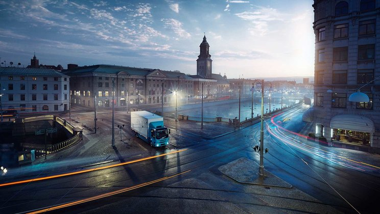Premiere for Volvo Trucks' first all-electric truck
