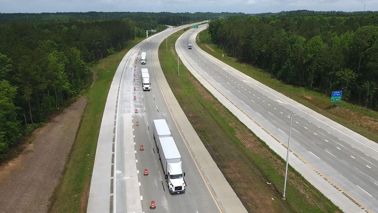 Volvo Trucks and FedEx Successfully Demonstrate Truck Platooning on N.C. 540