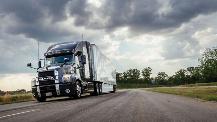Mack Anthem® Model Featured at American Trucking Associations' Technology & Maintenance Council