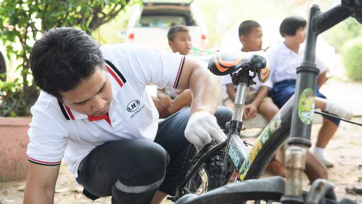 UD Trucks Thailand team was passionate to give a better living condition