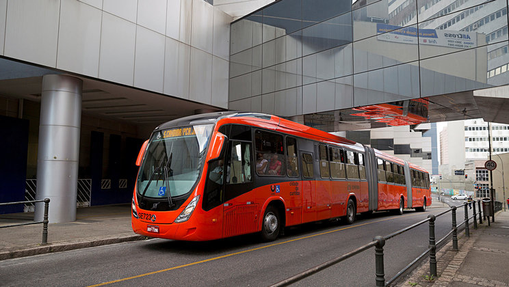 Volvo Buses - a world reference in transport system