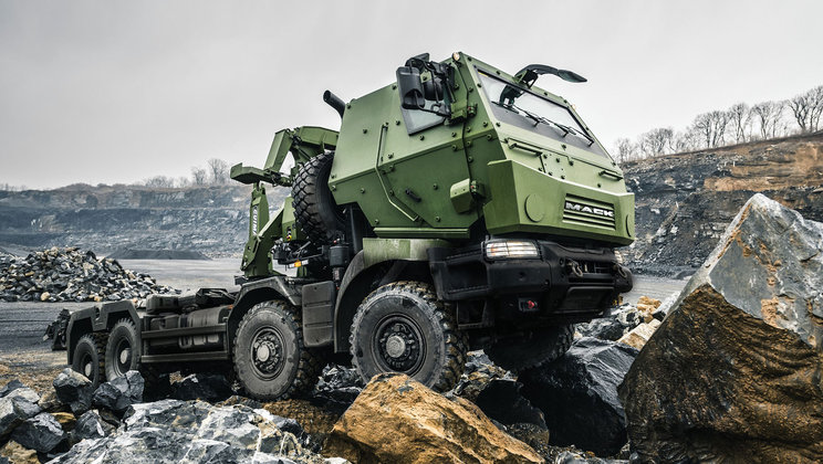 Canadian Department of National Defence Marks Official Delivery of MSVS SMP Trucks from Mack Defense