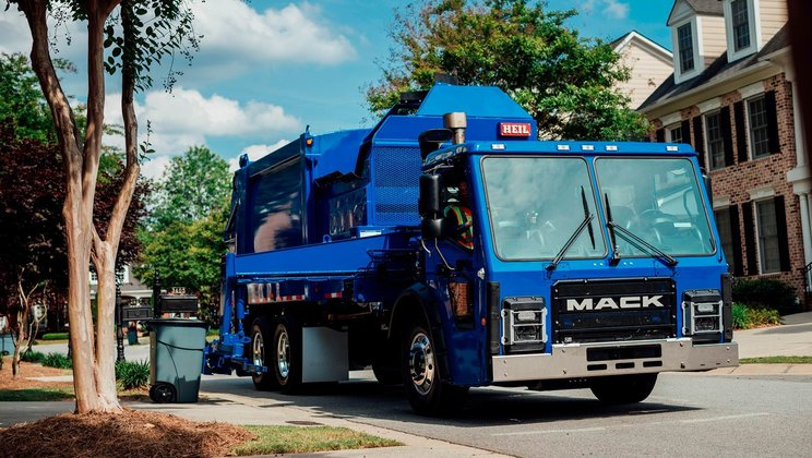 Mack Trucks to Provide Republic Services