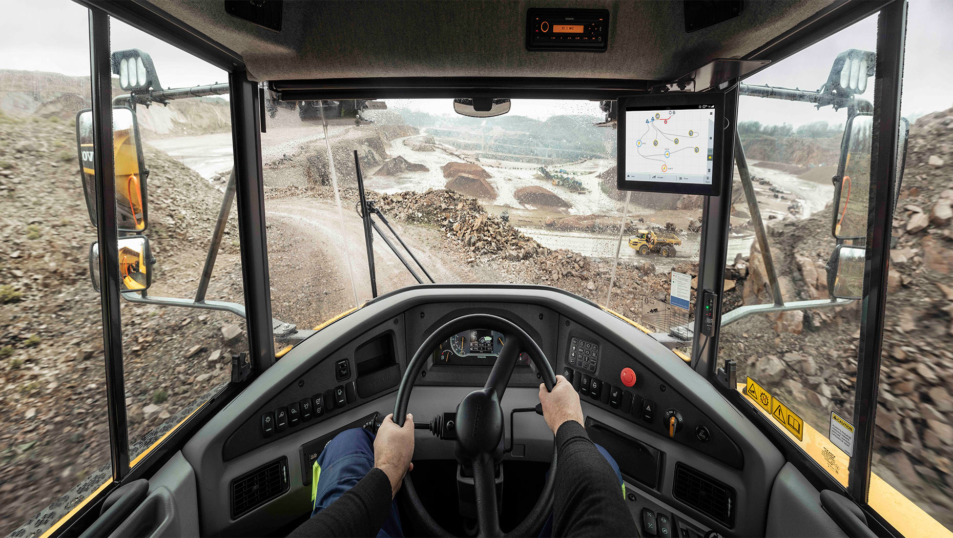 Volvo Haul Assist allows articulated haulers to communicate real-time positions to each other