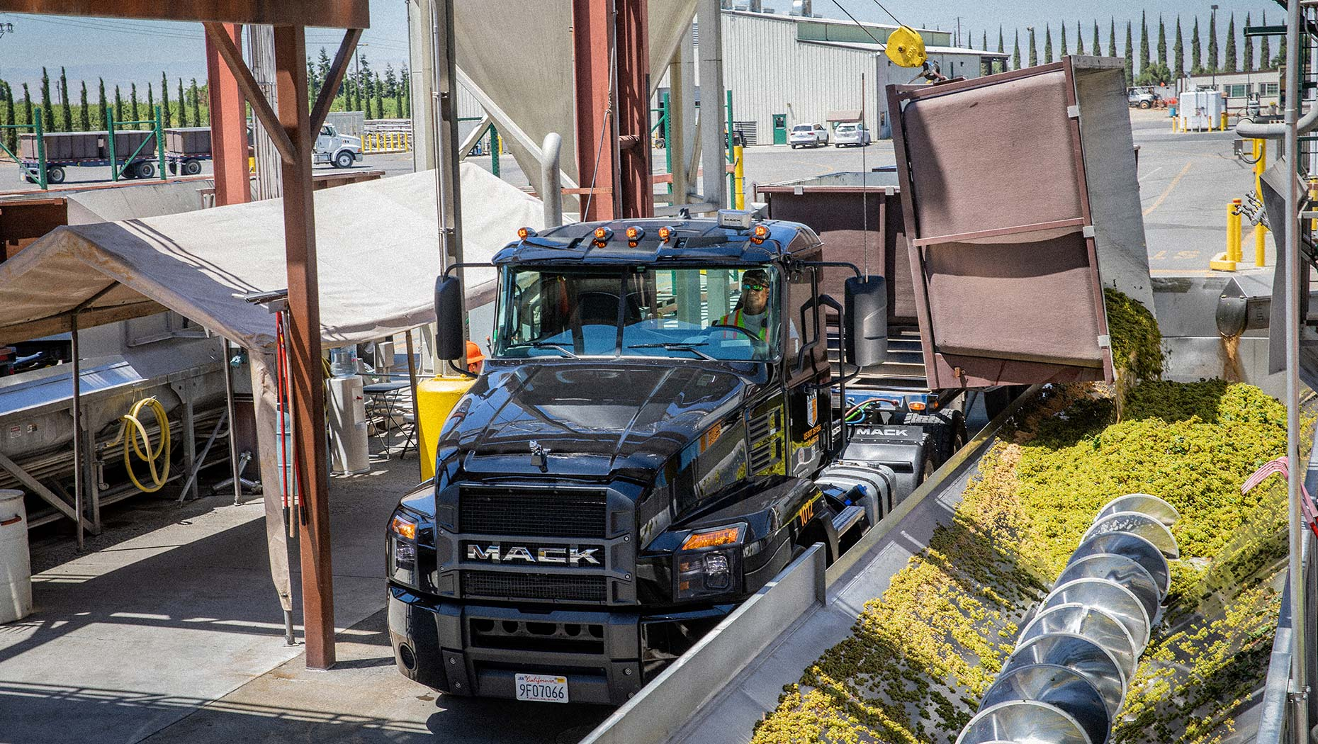 Bronco Wine Company Turns to Lightweight  Mack Anthem® Models in Latest RoadLife Episode