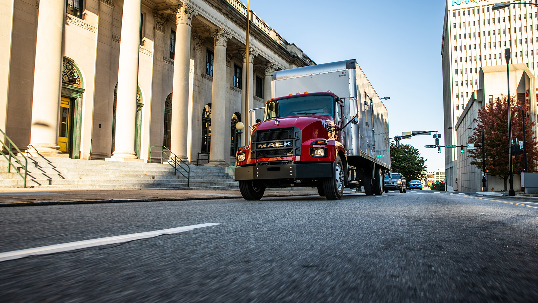 Mack Highlights Features, Benefits of Mack® MD Series for Customers during Virtual Event