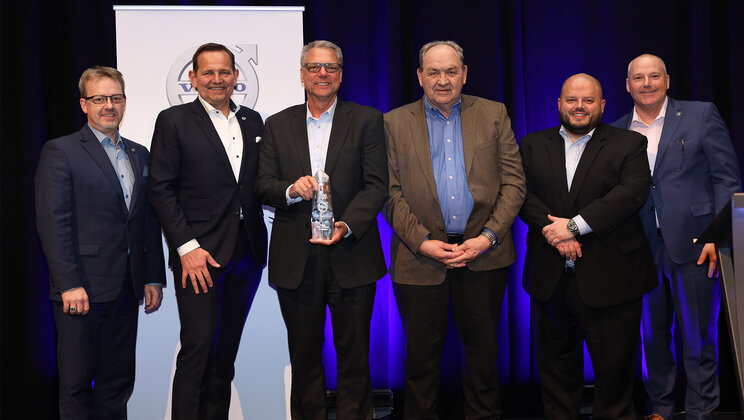 Volvo Trucks Names M&K Truck Centers 2019 U.S. Dealer Group of the Year