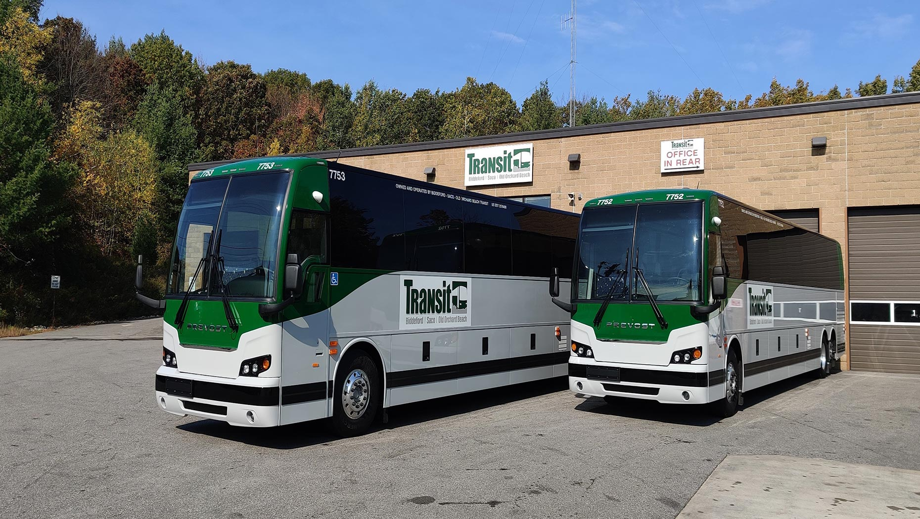 BSOOB TRANSIT TAKES DELIVERY OF TWO PREVOST X3-45® COMMUTER COACHES