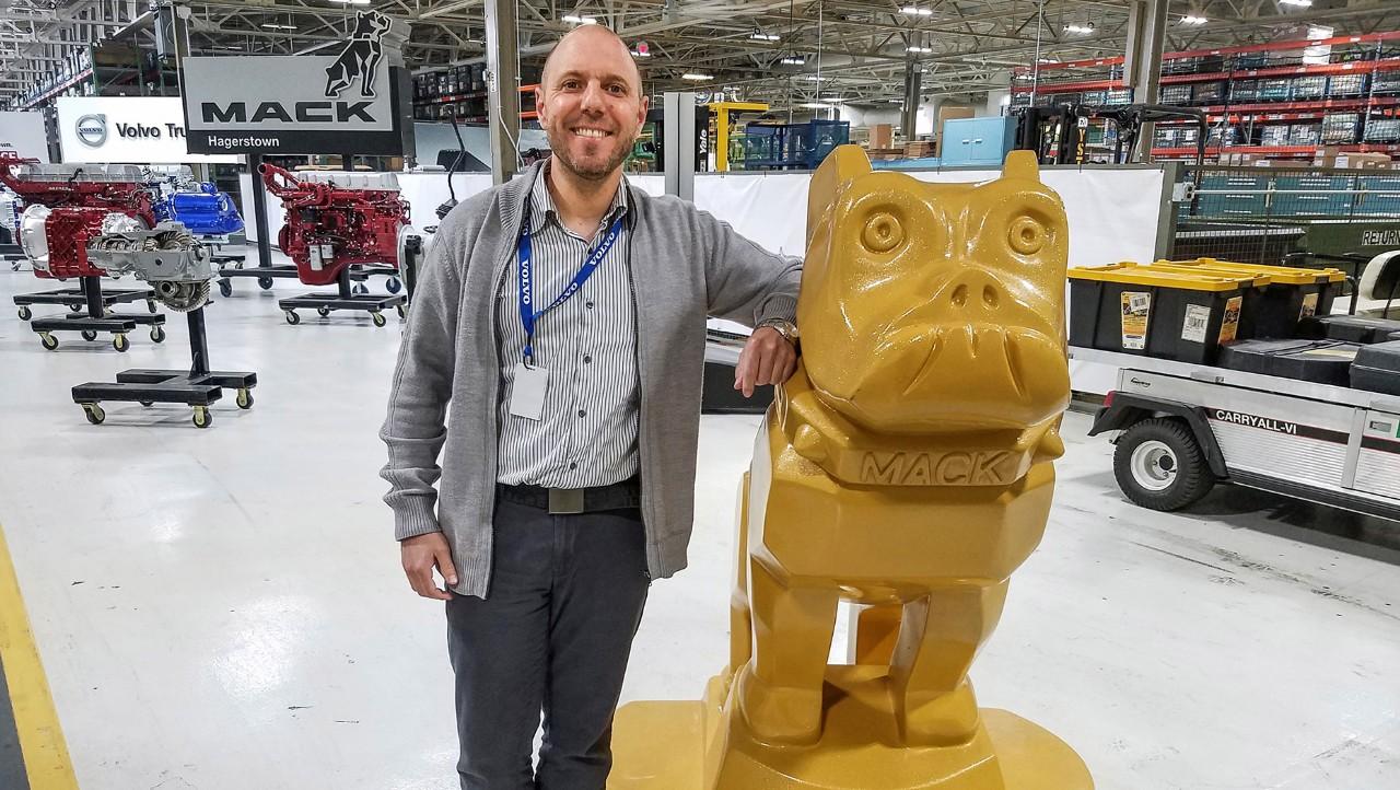 Guillaume Ribeiro, collaborateur du groupe Volvo, a accepté une mission de courte durée à Hagerstown, aux États-Unis