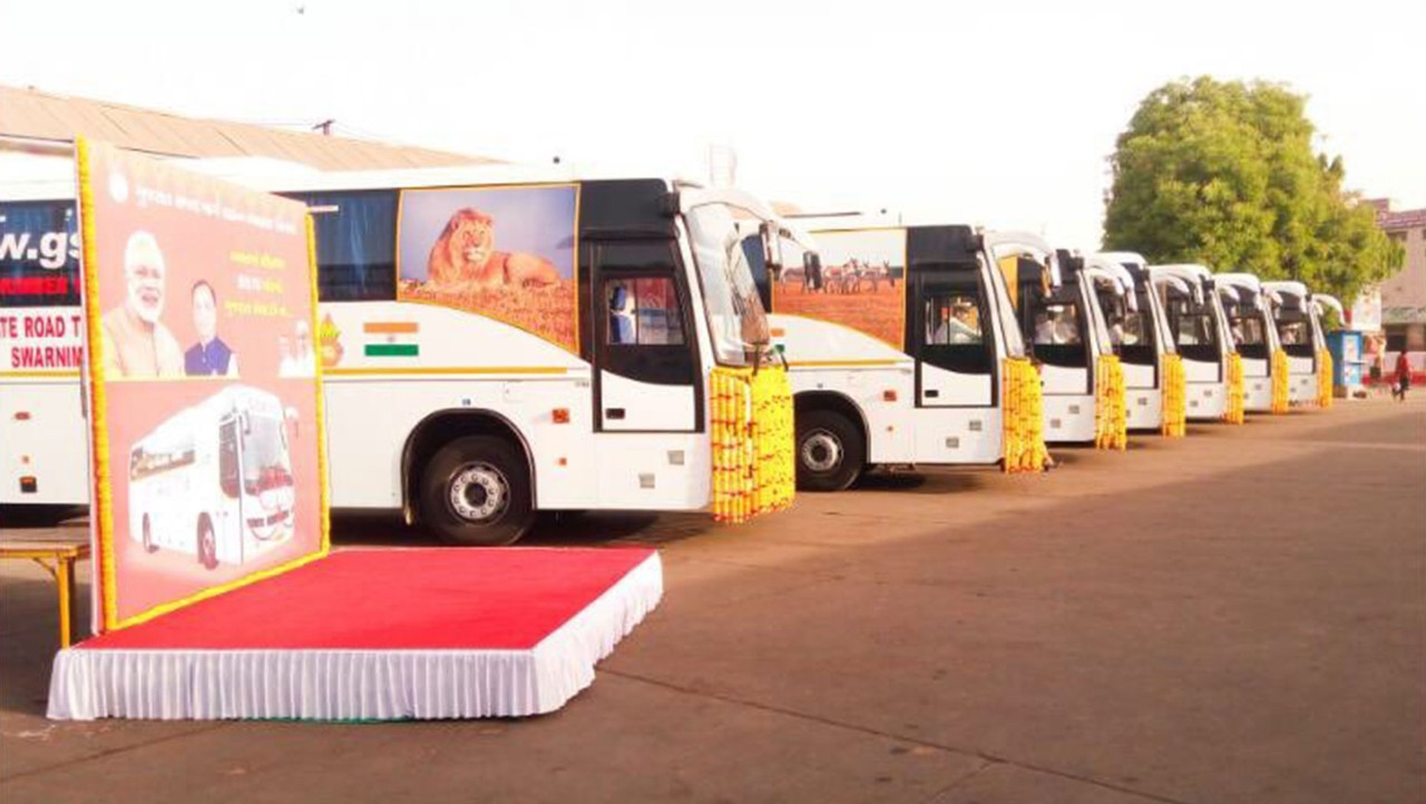 Volvo Buses delivers 10 nos. BSIV compliant 9400 range coaches to GSRTC