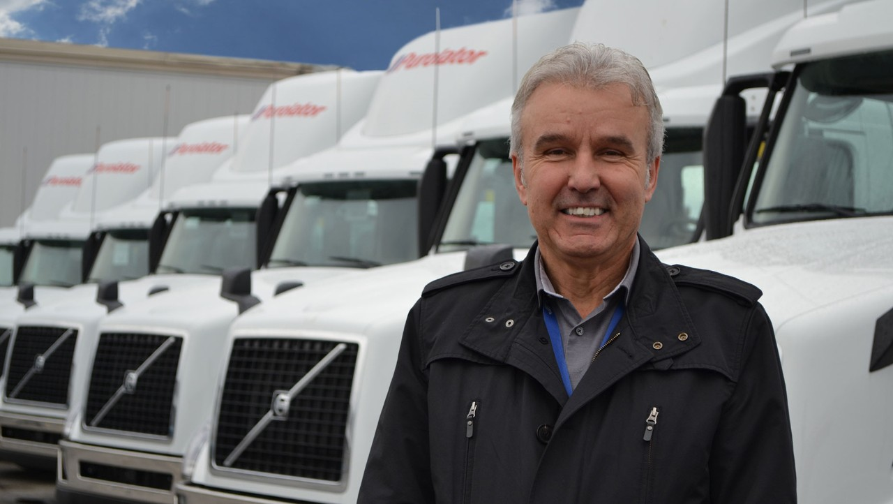 Volvo Trucks Delivers First Canadian Models equipped with 2017 Engines to Purolator