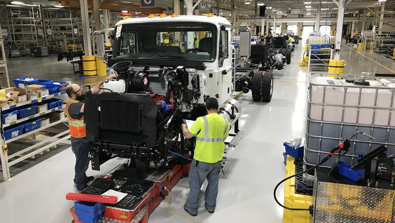 Mack® MD Series Trucks Begin to Roll Off Line at RVO in Preparation for Full Production