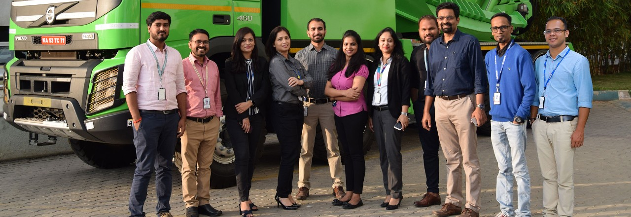Equipo de reclutamiento de Volvo Group India
